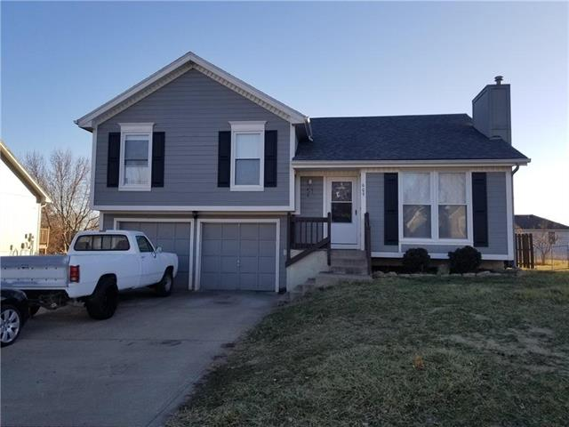 609 Valley View Drive, Raymore, MO 64083