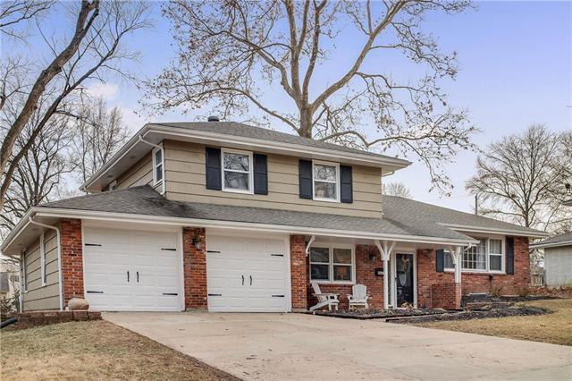 9427 Connell Drive, Overland Park, KS 66212