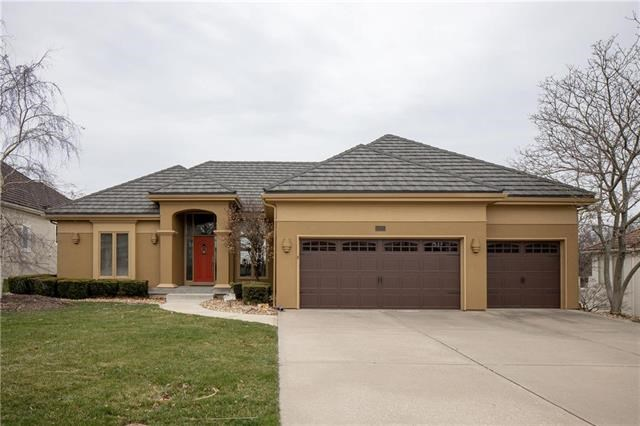5525 NE Northgate Crossing, Lee's Summit, MO 64064