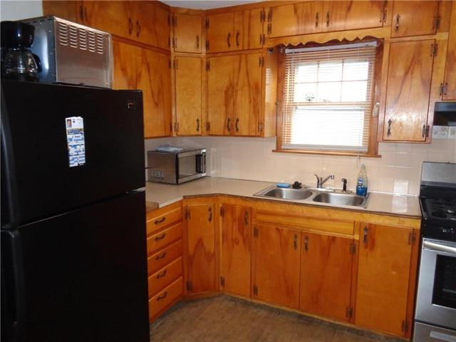 2316 S Hardy Avenue, Independence, MO 64052