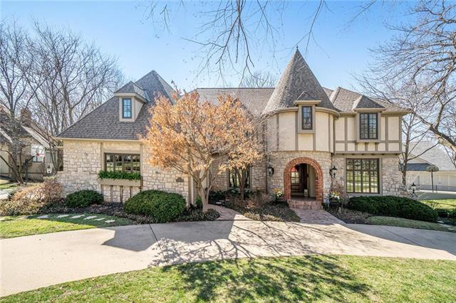 12100 Pawnee Lane, Leawood, KS 66209