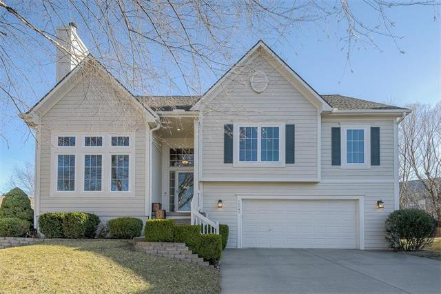 16545 W 155th Place, Olathe, KS 66062