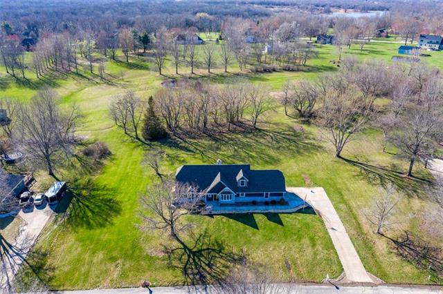 24006 Poindexter Road, Lee's Summit, MO 64086
