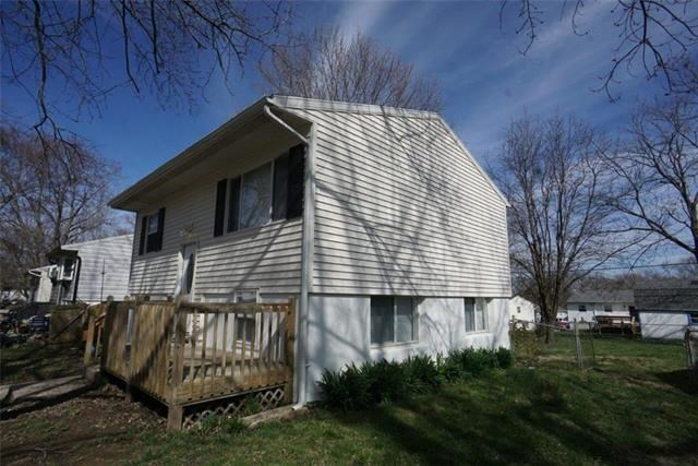 1509 N Ponca Drive, Independence, MO 64058