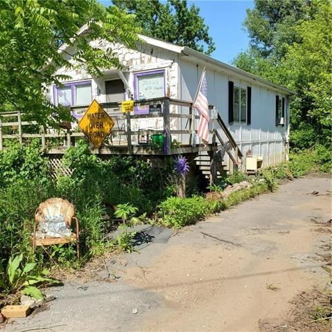 301 N Stock Road, Levasy, MO 64066
