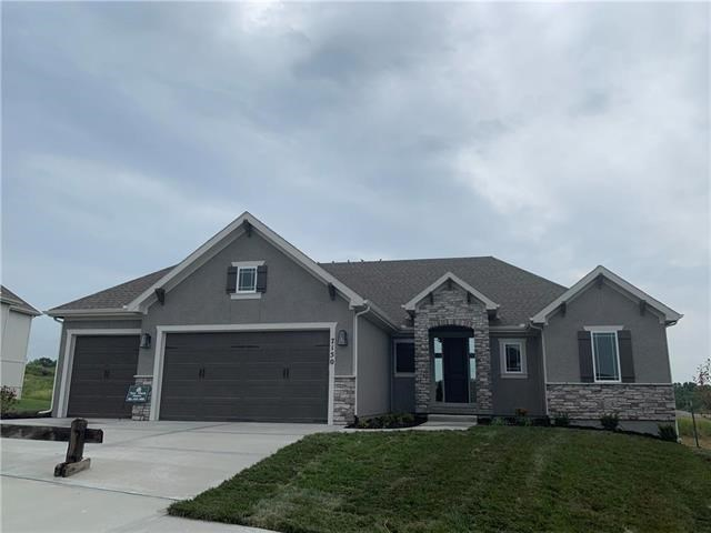 7150 NW Clore Drive, Parkville, MO 64152