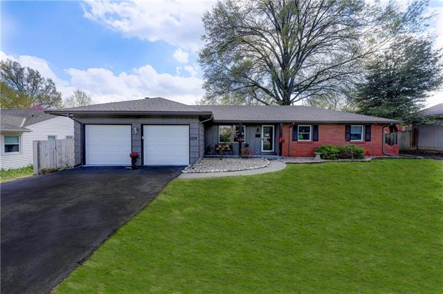 3319 W 50TH Street, Roeland Park, KS 66205