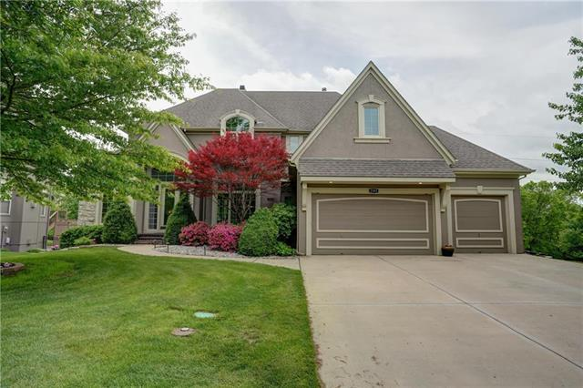 2503 Lake Breeze Drive, Lee's Summit, MO 64086