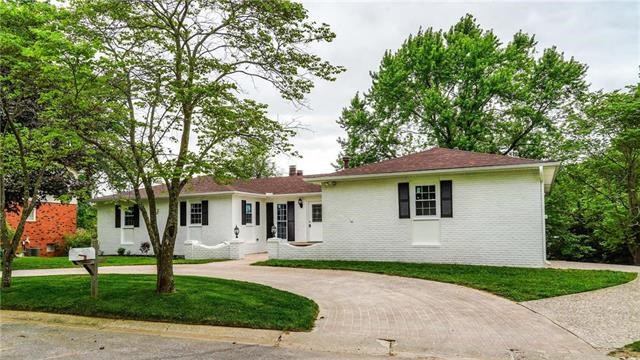517  Terrace Drive, Warrensburg, MO 64093
