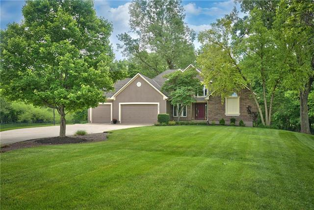 15717 S Meadowbrook Court, Raymore, MO 64083