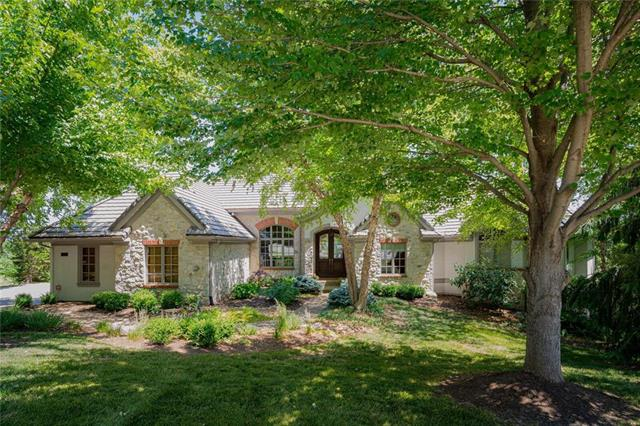 10413 S Highland Circle, Olathe, KS 66061