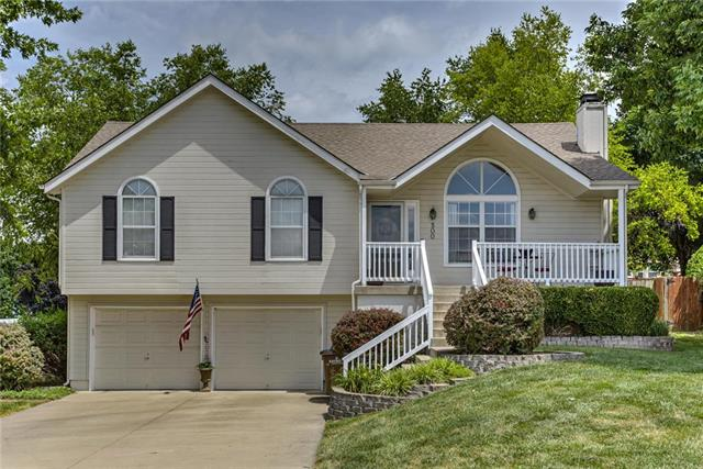 500 Preakness Drive, Raymore, MO 64083