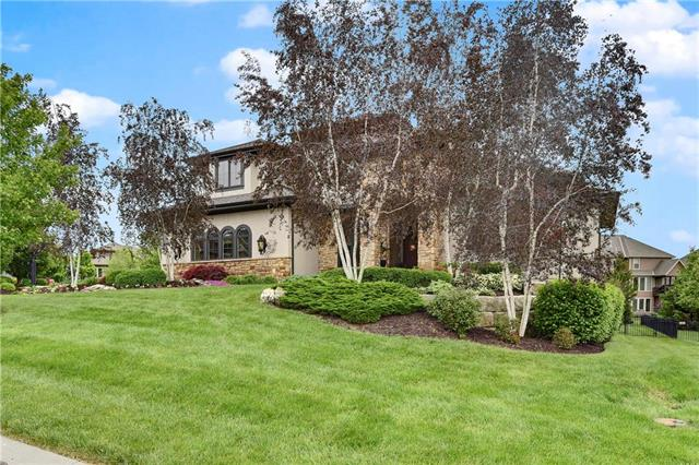 9441 W 157th Place, Overland Park, KS 66221