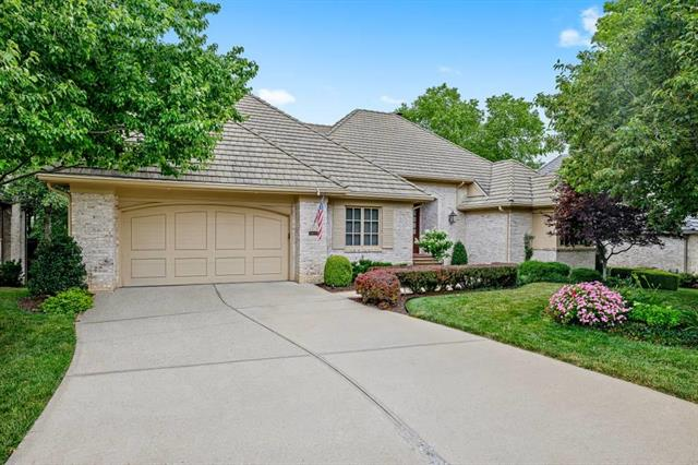 11400 High Drive, Leawood, KS 66211