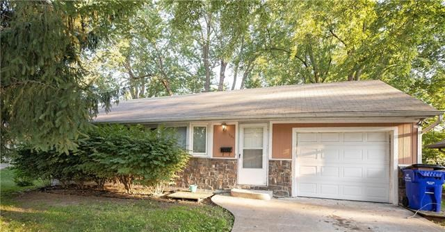 505 NW LITTLE Avenue, Lee's Summit, MO 64063