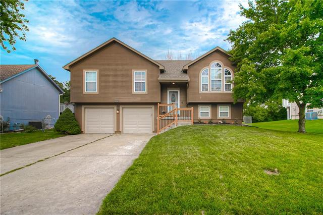 305 Apple Blossom Lane, Belton, MO 64012