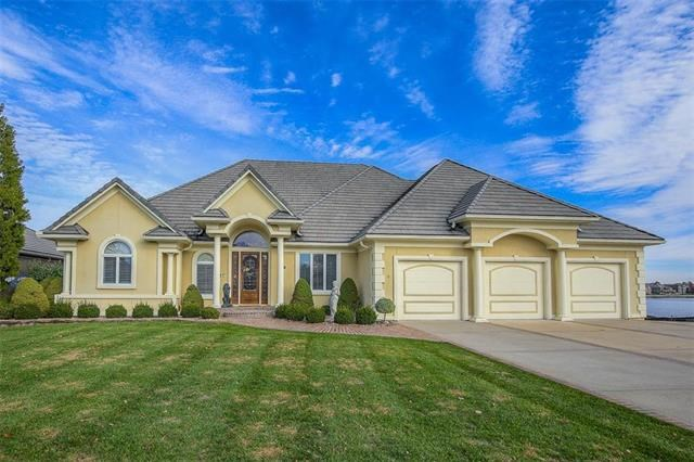 4621  Gull Point Drive, Lee's Summit, MO 64082