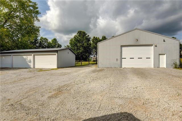 34007 E Pink Hill Road, Grain Valley, MO 64029