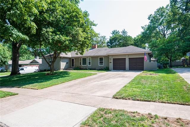5711 W 84th Terrace, Overland Park, KS 66207