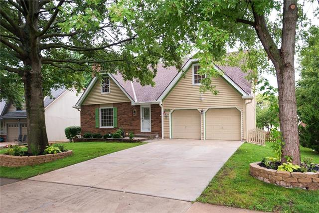 12490 S Twilight Lane, Olathe, KS 66062