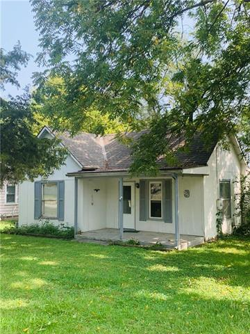 215 S Franklin Street, Raymore, MO 64083