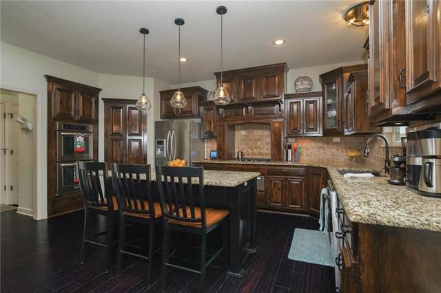 14715 NW 66 Terrace, Parkville, MO 64152