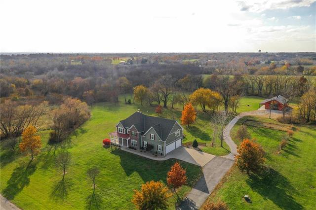 15702 S Henry Andrew Dr, Pleasant Hill, MO 64080