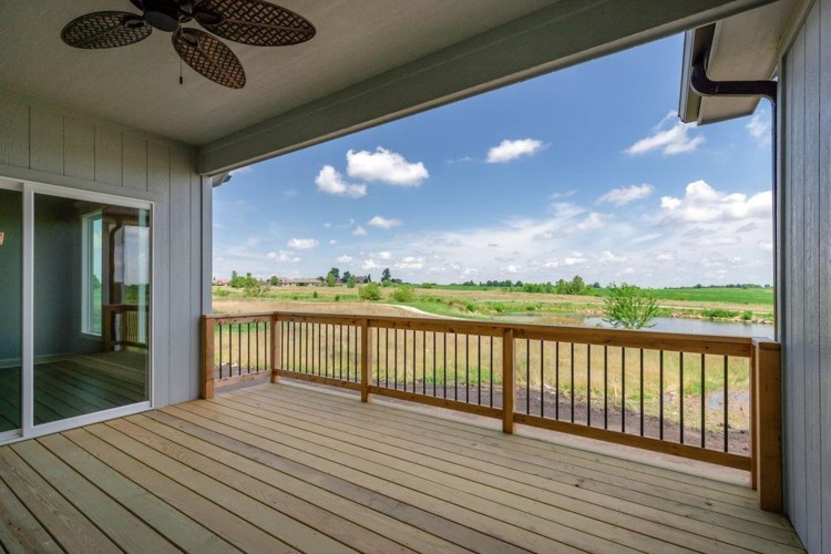 810 NW Hickory Ridge Drive, Grain Valley, MO 64029