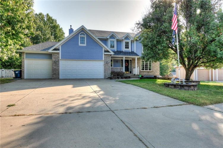 1601 Canterbury Court, Liberty, MO 64068