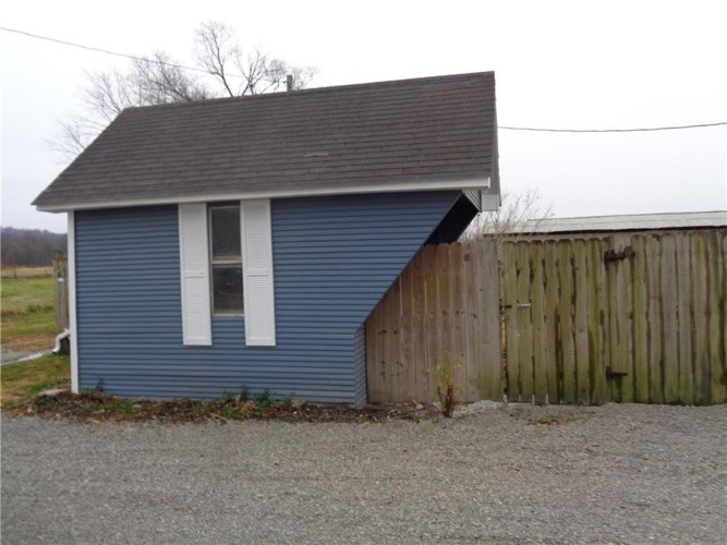 38011 W FF Highway, Rayville, MO 64084