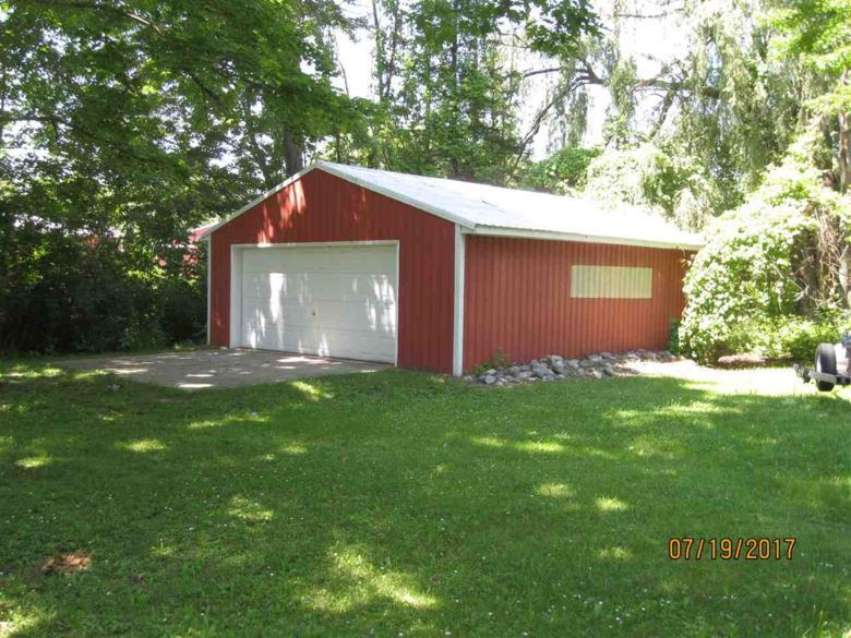 12180 E HOUGHTON LAKE DRIVE, Houghton Lake, MI 48629