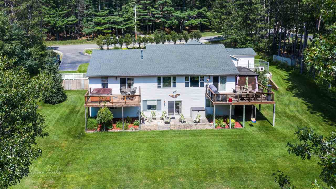 1660 High Rd, Roscommon, MI 48653
