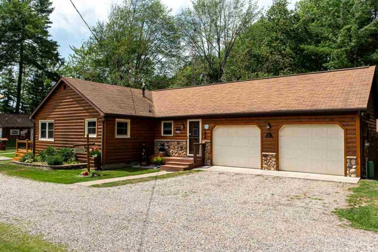 6477 E Houghton Lake Dr, Houghton Lake, MI 48629
