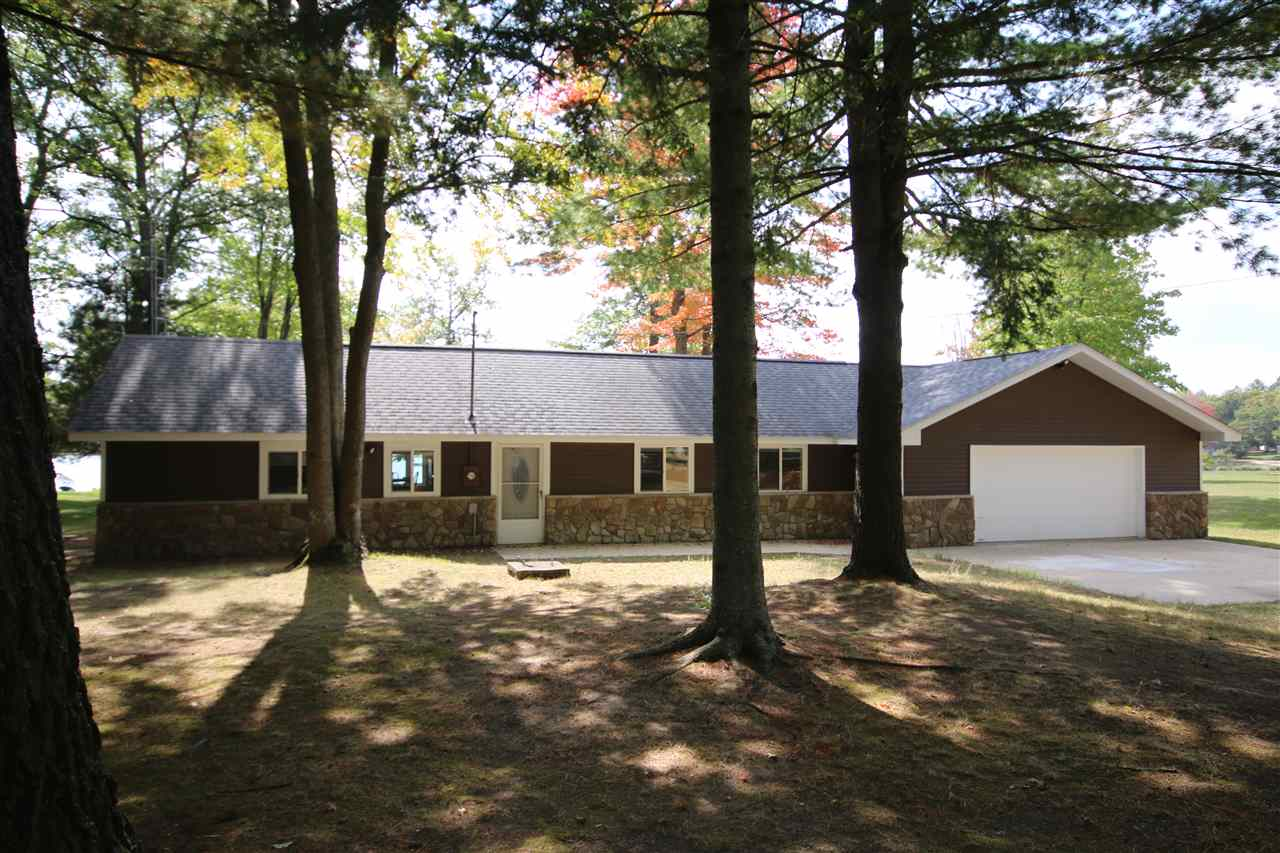 6126 Northpoint Drive Dr, St Helen, MI 48656