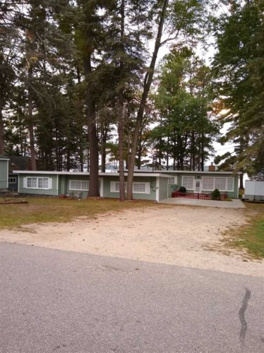 123 Chaney Point Dr, Roscommon, MI 48653