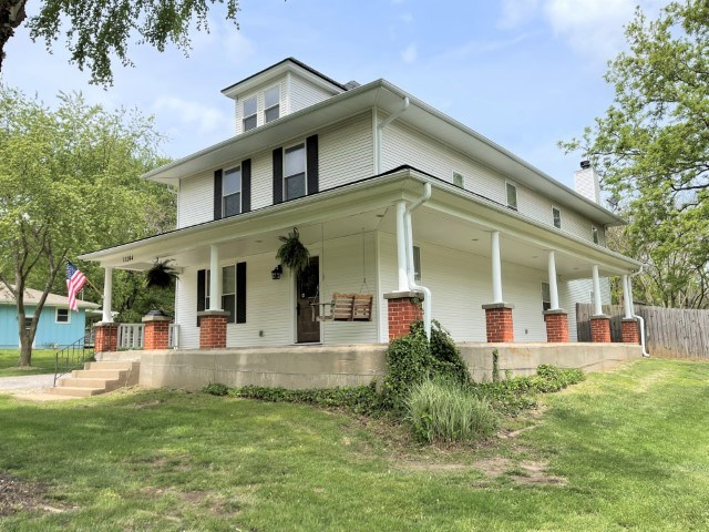 13204 Silver Lane, Independence, MO 64050