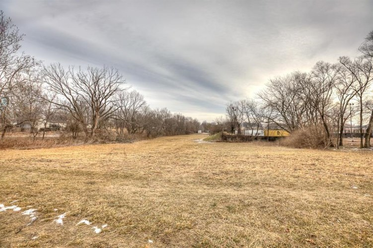 Sobbie Road, Pleasant Valley, MO 64068