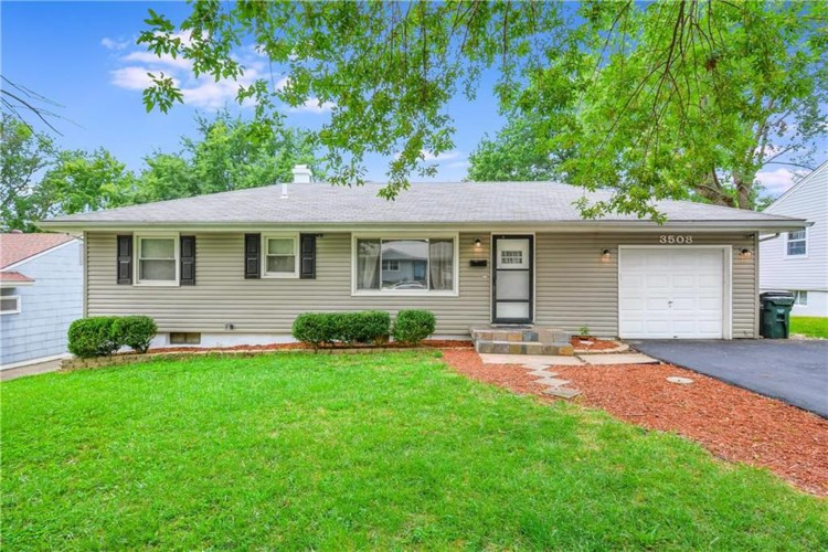 3508 S Mccoy Street, Independence, MO 64055