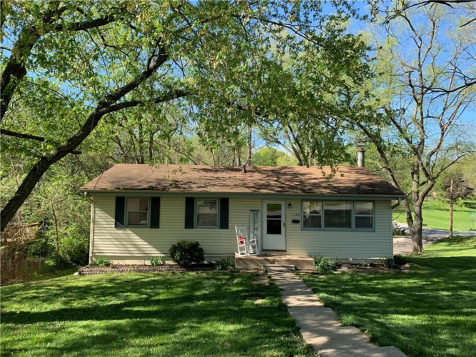 1100 Cordell Street, Excelsior Springs, MO 64024