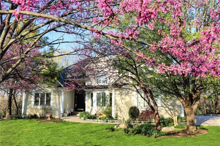 16595 Orchard Lane, Stilwell, KS 66085