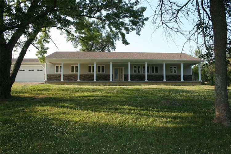 9425 Old 36 Highway, Cameron, MO 64429
