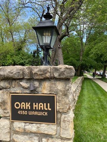 4550 Warwick Boulevard Unit 910, Kansas City, MO 64111