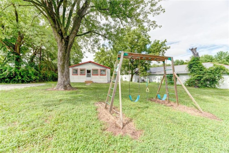 501 N Cypress Street, Grain Valley, MO 64029