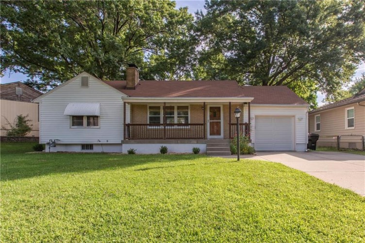 9712 E 34th S Street, Independence, MO 64052