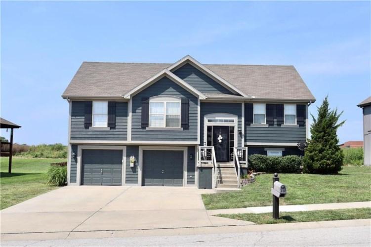 908 N Birch Street, Kearney, MO 64060