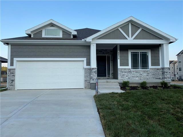 6760 Prairie Lane, Parkville, MO 64152