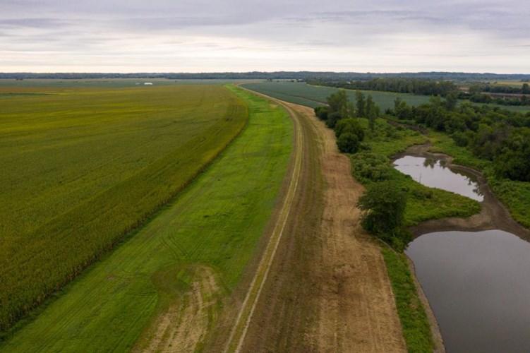 River Road, Atchison, KS 66002