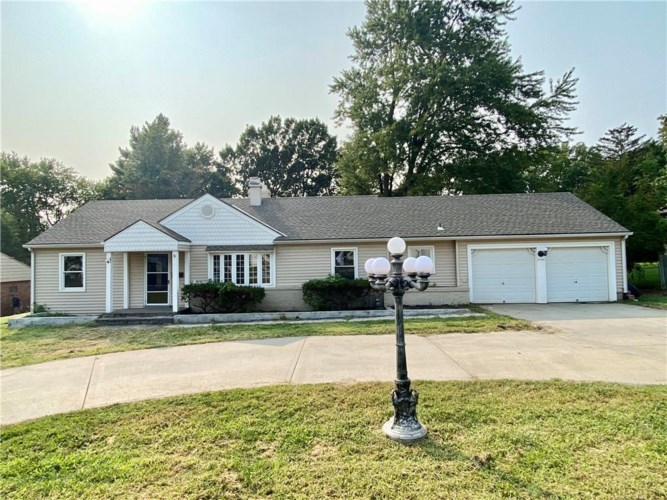 2726 S Crysler Avenue, Independence, MO 64052