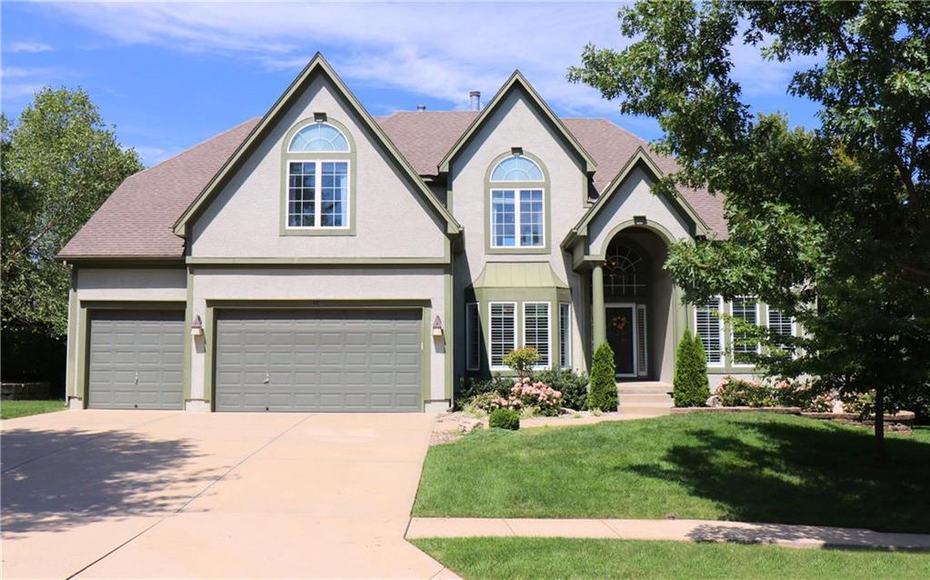 3246 W 132nd Terrace , Leawood, KS 66209