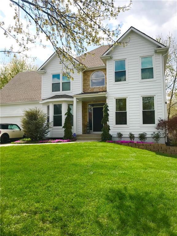 12818 Barton Street , Overland Park, KS 66213